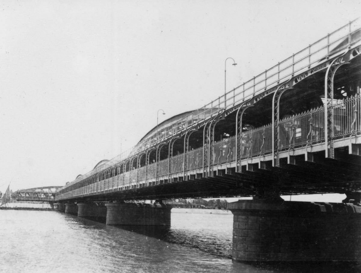 Ailsa's travel photo challenge:  Bridges