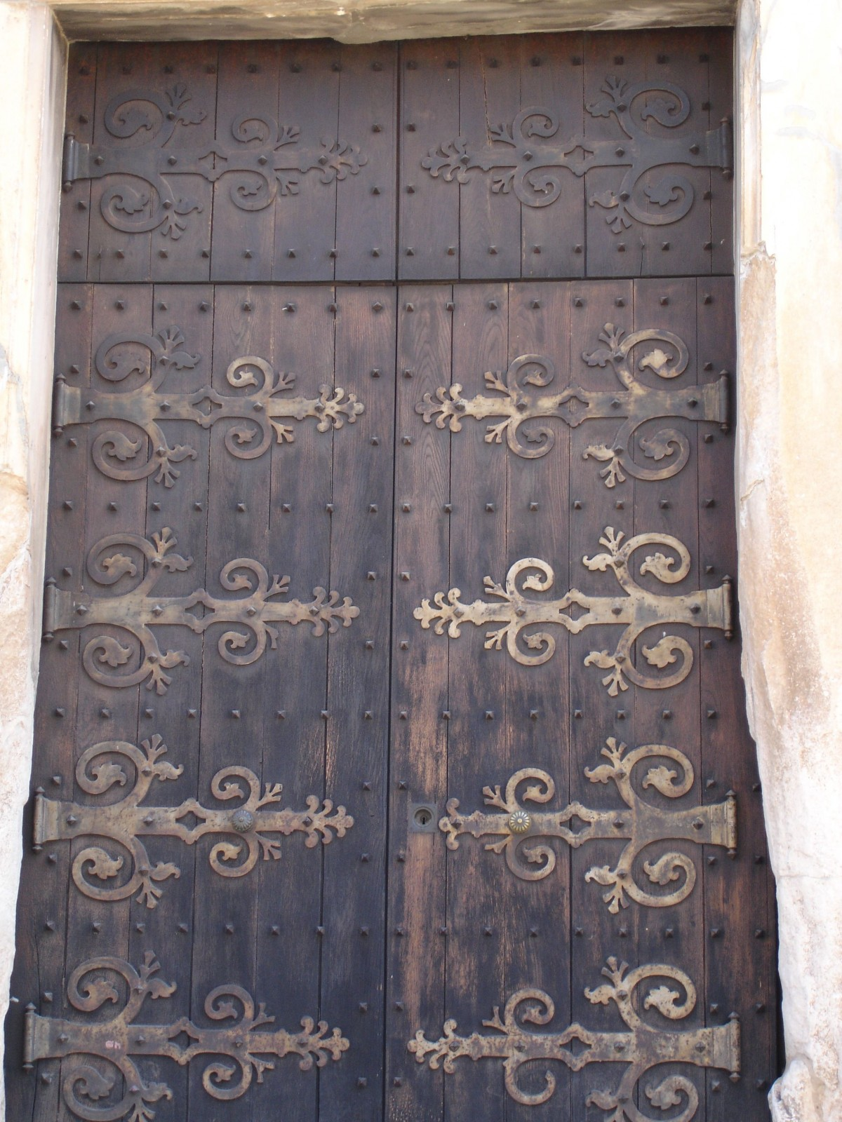 East of Málaga's photo challenge:  Knobs and knockers (door furniture!)