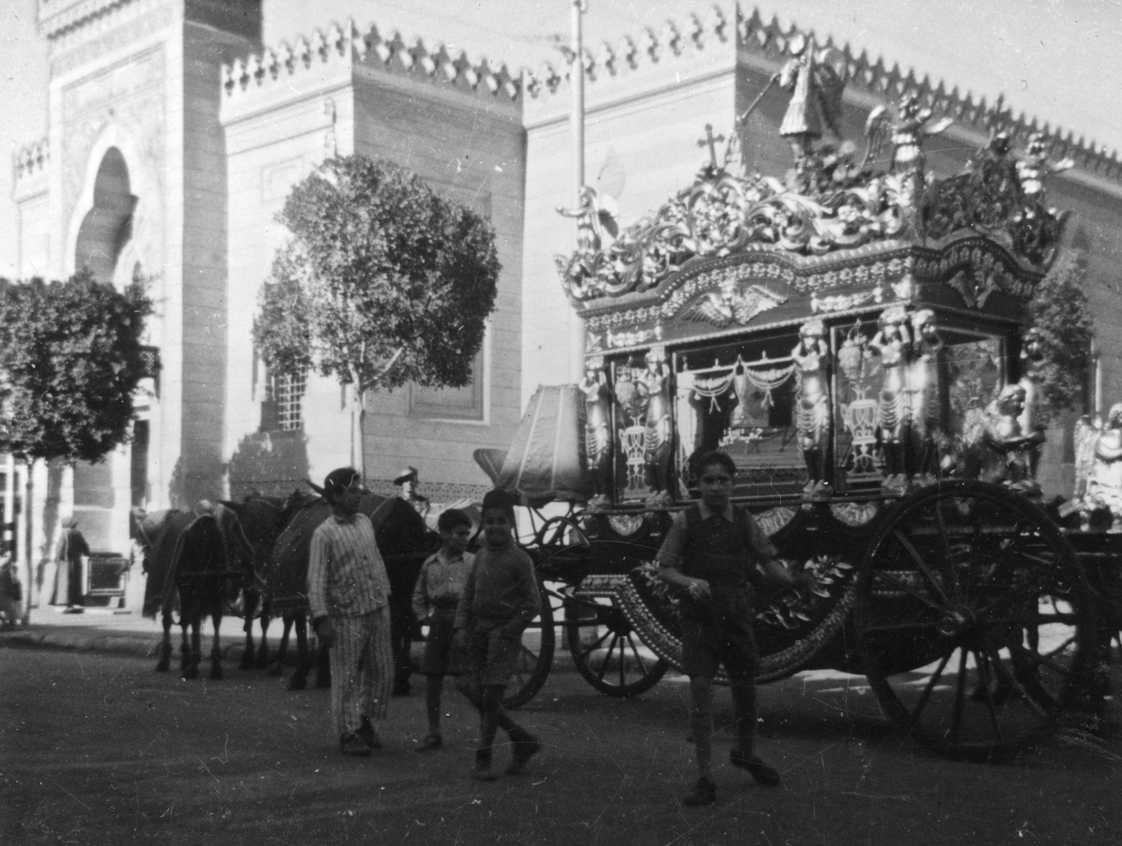 Egyptian funeral, c1941